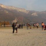 Annecy, son lac et ses plages de sable fin