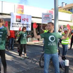 Action de désobéissance civile à Annecy devant la Société Générale, ce Samedi 13 Octobre 2018.