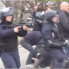 À Annecy, guérilla lycéenne contre les forces de l'ordre
