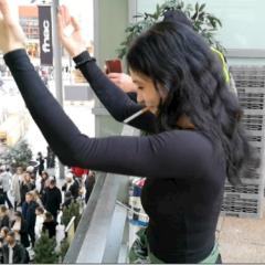 Margot, jeune salariée, soutient les manifestants contre la réforme des retraites