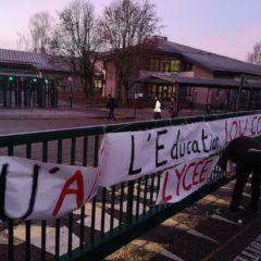 Les enseignants grévistes de Lachenal au chevet d'un lycée «mort»