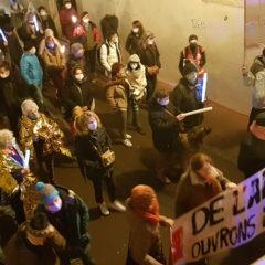 Marche aux flambeaux à Annecy pour la journée internationale des migrants