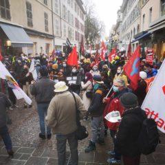 Coup de projecteur sur les 400 manifestants contre la loi de sécurité globale à Annecy