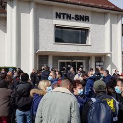 Les salarié.e.s de NTN-SNR en grève contre les régressions sociales