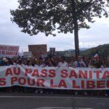 7000 (1) personnes en plein été à Annecy contre le pass sanitaire et le gouvernement Macron